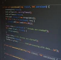 プログラミング中のモニター画面